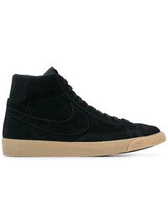 хайтопы на шнуровке Nike