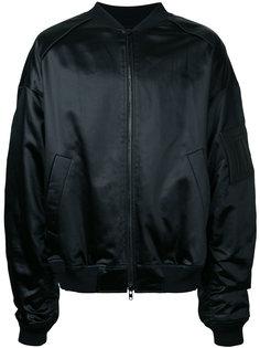 куртка-бомбер со слоганом сзади Juun.J