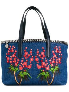 джинсовая сумка-тоут Falabella с вышивкой Stella McCartney
