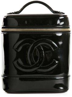 косметичка с тиснёным логотипом Chanel Vintage