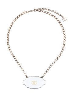 короткое ожерелье с подвеской-логотипом  Chanel Vintage