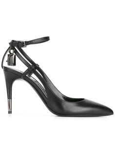 туфли с заостренным носком Tom Ford