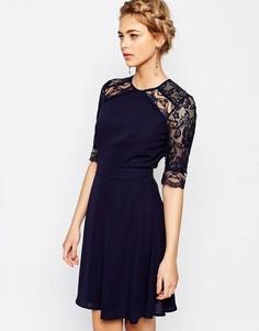 Кружевное платье миди с рукавами 3/4 Elise Ryan - Темно-синий