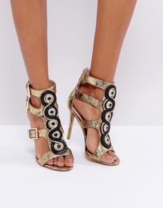 Босоножки на каблуке с вырезами и золотистыми пряжками Forever Unique - Черный