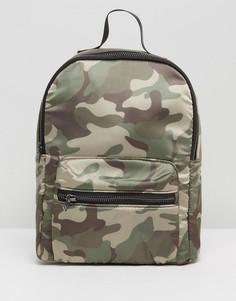 Маленький рюкзак с камуфляжным принтом Hollister - Зеленый