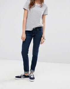 Зауженные джинсы цвета индиго с классической талией Levis 711 - Синий