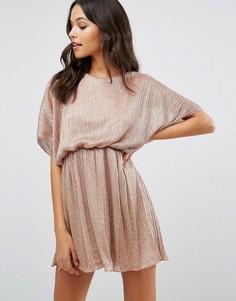 Платье мини с рукавами летучая мышь Boohoo Plisse - Розовый