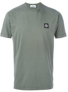 футболка с заплаткой на груди Stone Island