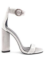 Туфли на каблуке giselle - KENDALL + KYLIE