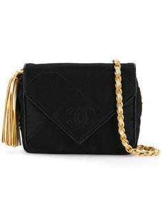 сумка на плечо с кисточкой Chanel Vintage
