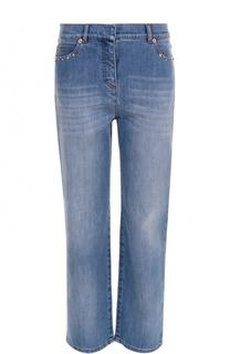 Укороченные джинсы с потертостями и заклепками Valentino