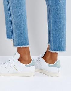 Белые кроссовки со вставками мятного цвета adidas Originals - Белый