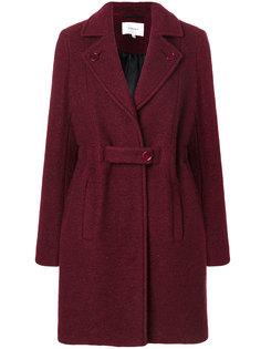 пальто с поясом и заостренными лацканами  Carven