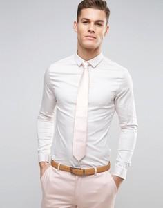 Атласная облегающая рубашка бежевого цвета с планкой на пуговицах ASOS Wedding - Белый