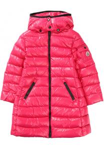 Пуховое пальто с контрастной отделкой и капюшоном Moncler Enfant