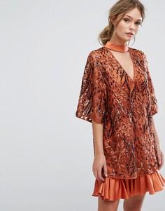 Платье с вышивкой и рукавами-кимоно Three Floor - Оранжевый