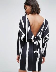 Платье с принтом в полоску ASOS - Мульти