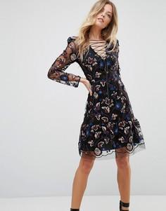 Платье с вышивкой и завязками Tresophie - Черный