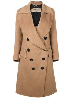 fd36c2372249 Женские куртки и пальто Burberry – купить в интернет-магазине   Snik ...