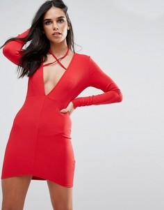 Красное облегающее платье с длинными рукавами, завязкой на шее и глубоким вырезом Missguided - Красный