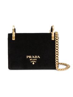 сумка на золотистой цепочке Pattina Prada
