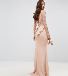 Платье макси с кружевным топом и бантом на спине Club L Tall - Розовый