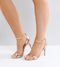 Босоножки на каблуке для широкой стопы с эффектом металлик New Look - Золотой