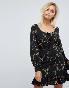 Платье со шнуровкой и оборками Fashion Union - Черный
