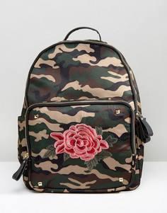 Рюкзак с цветочной вышивкой и камуфляжным принтом Yoki - Зеленый
