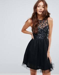 Короткое приталенное платье с отделкой из искусственной кожи Zibi London - Черный