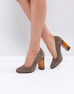 Замшевые туфли на толстом каблуке Selected - Зеленый