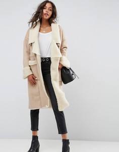 Пальто с искусственным мехом ASOS - Розовый