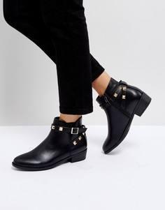 Ботинки с ремешками и заклепками Truffle Collection - Черный