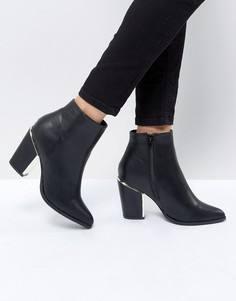 Ботинки на блочном каблуке с золотистой отделкой Missguided - Черный