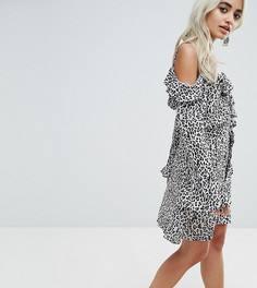 Платье с запахом и леопардовым принтом Sisters Of The Tribe - Белый