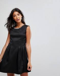 Приталенное платье со свободной юбкой Rage - Черный