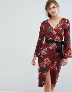 Платье-футляр с ремнем и цветочным принтом Closet London - Мульти