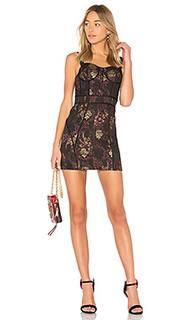 Обтягивающее платье dress 447 - LPA