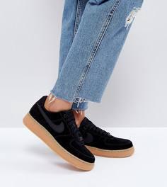 Черные замшевые кроссовки на резиновой подошве Nike Air Force 1 07 - Черный