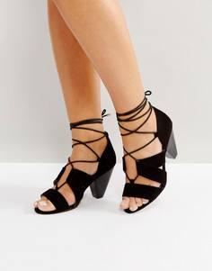 Босоножки на каблуке со шнуровкой ASOS TALL - Черный