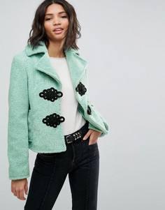 Пальто из искусственного меха с плетеной отделкой ASOS - Зеленый
