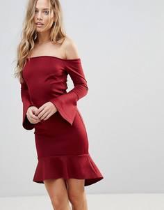 Платье мини с открытыми плечами и рукавами клеш Oh My Love - Красный