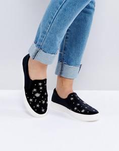 Кроссовки-слипоны с бархатной вставкой и вышивкой New Look - Черный