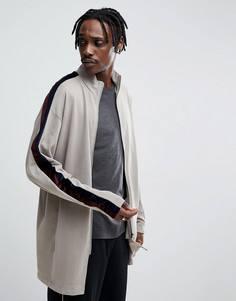 Удлиненная спортивная куртка оверсайз с велюровой полосой ASOS - Бежевый
