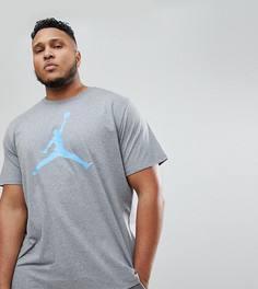 Серая футболка с большим логотипом Nike Jordan PLUS 908017-091 - Серый