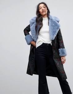 Жаккардовое пальто с отделкой из искусственного меха ASOS - Мульти