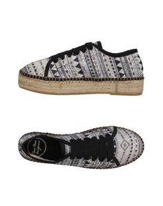 Низкие кеды и кроссовки Toni Pons