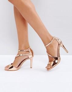 Босоножки на каблуке с перекрестными ремешками Little Mistress - Медный