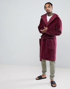 Стеганый велюровый халат с капюшоном ASOS - Красный