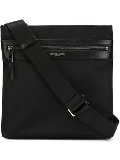 маленькая сумка-почтальонка Kent Michael Kors